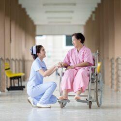 W 2017 roku znacznie spadnie liczba pielęgniarek