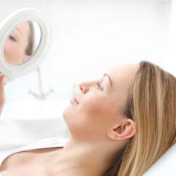 Jakie zabiegi sprawdzają się przy usuwaniu przebarwień skóry?